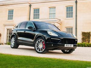 Porsche Cayenne Turbo 958 UK 2010