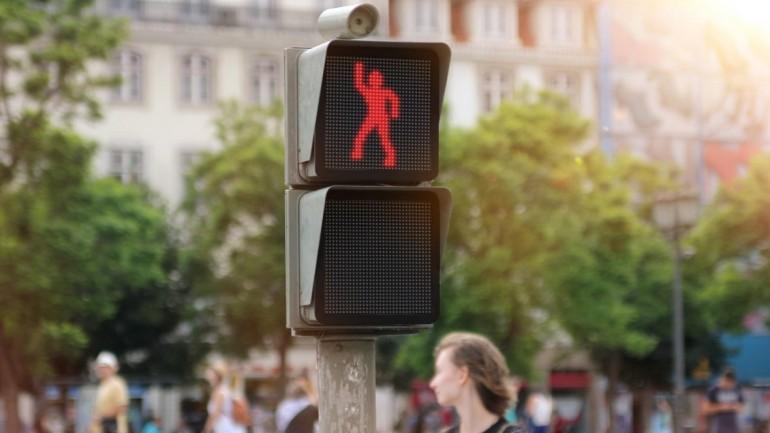 smart semaforo que baila