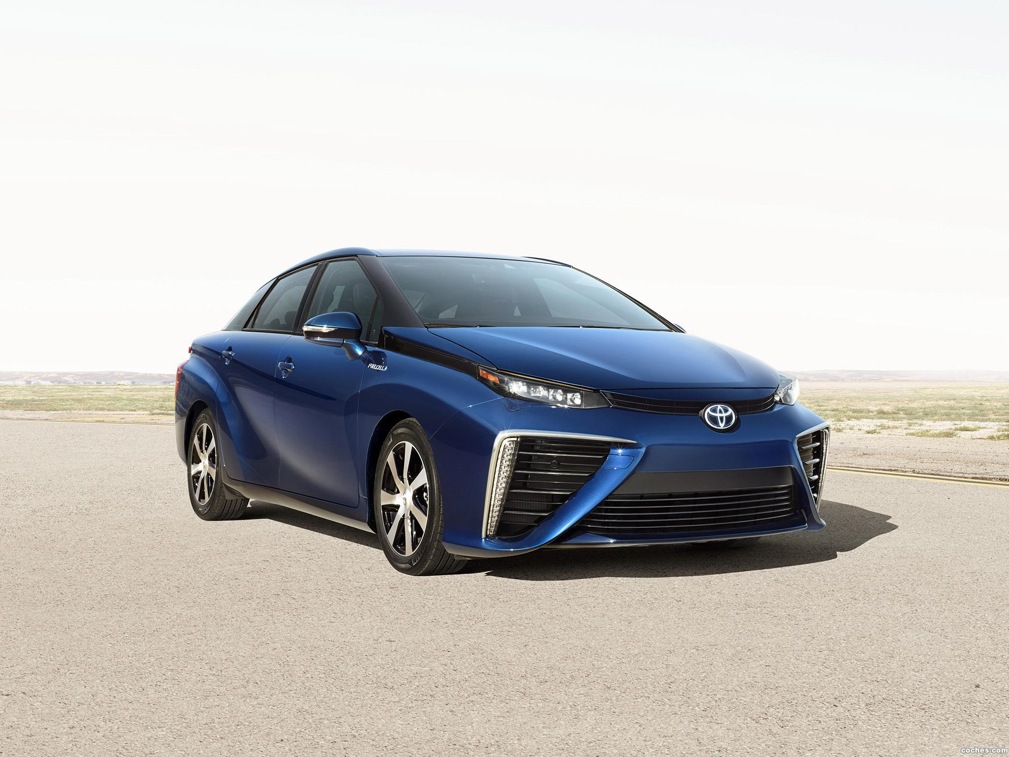 toyota_fcv-ms-fuelcells-2014_r3