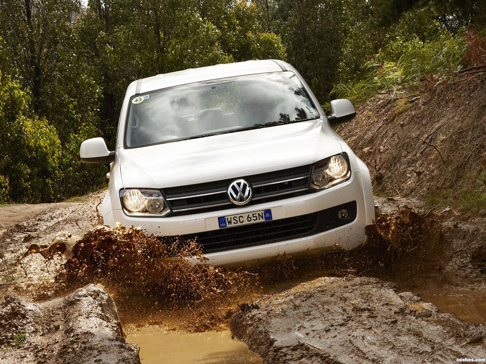 volkswagen_amarok-double-cab-comfortline-australia-2010_r22