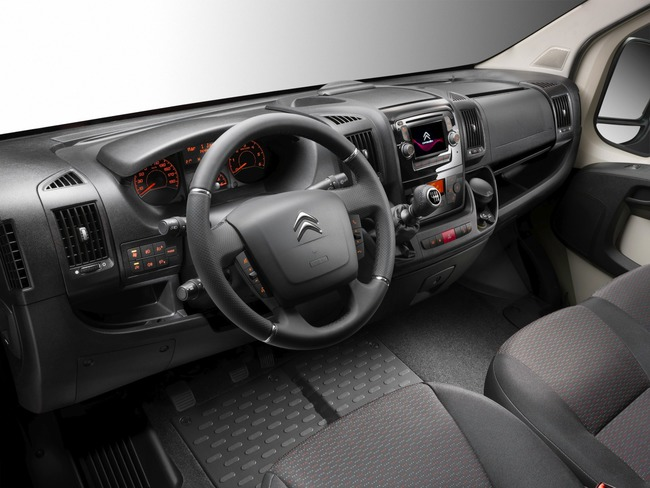 Citroen Jumper 2014 interior 01