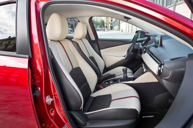 Mazda 2 2015 interior 04