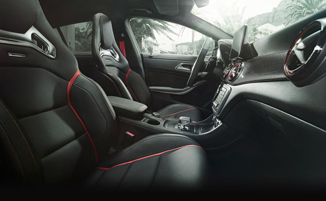 Mercedes-Benz CLA 45 AMG Shooting Brake 2015 interior 09