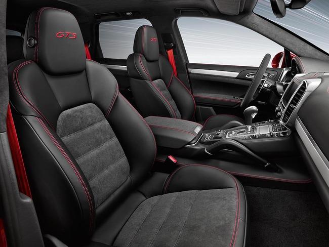 Porsche Cayenne GTS 2015 interior 01