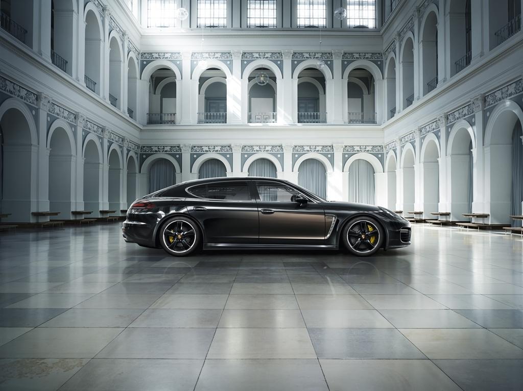 Porsche Panamera Exclusive Series 2014 01