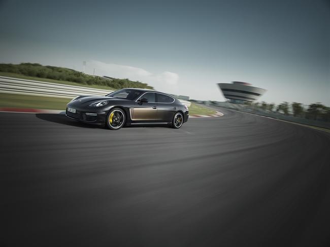 Porsche Panamera Exclusive Series 2014 02