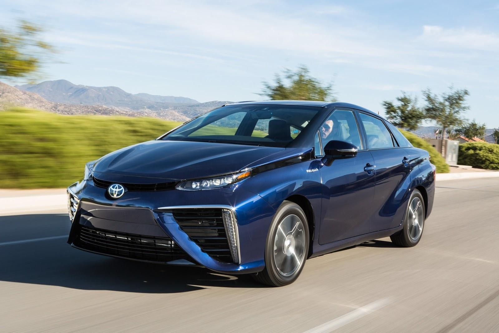 Toyota Mirai 2015 09