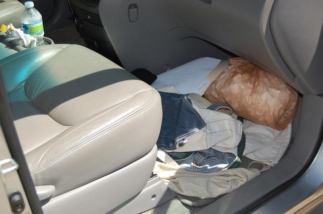 basura interior coche sucio