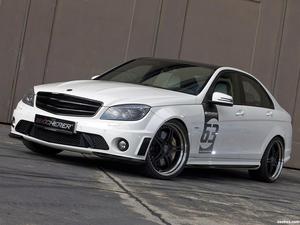 Kicherer Mercedes Clase C C63 AMG White Edition 2011