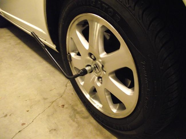 tuerca antirrobo rueda