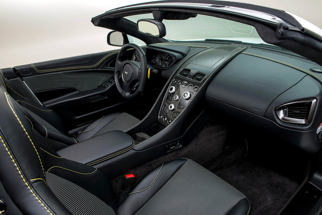 Aston Martin Works Vanquish 60 Aniversario 2014 interior 02