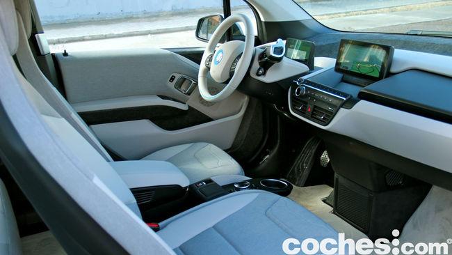 BMW i3 prueba contacto 18