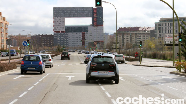 BMW i3 prueba contacto 33