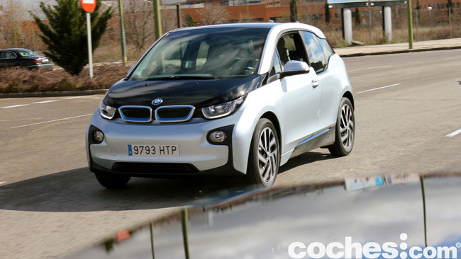 BMW i3 prueba contacto 48