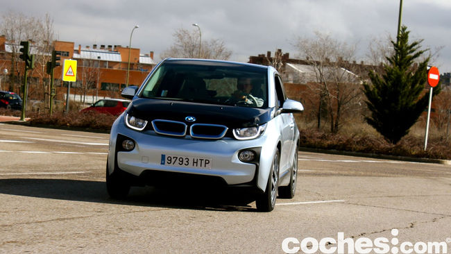 BMW i3 prueba contacto 49