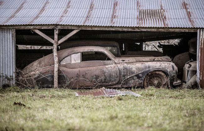 Barn Find coleccion clasicos granero Francia Retromobile 12