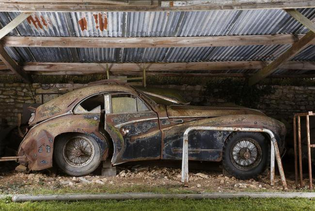 Barn Find coleccion clasicos granero Francia Retromobile 21