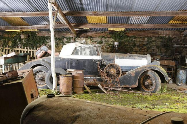 Barn Find coleccion clasicos granero Francia Retromobile 25