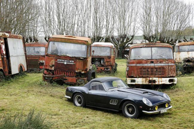 Barn Find coleccion clasicos granero Francia Retromobile 26