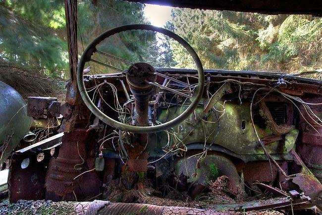 Cementerio de coches de Chatillon 11