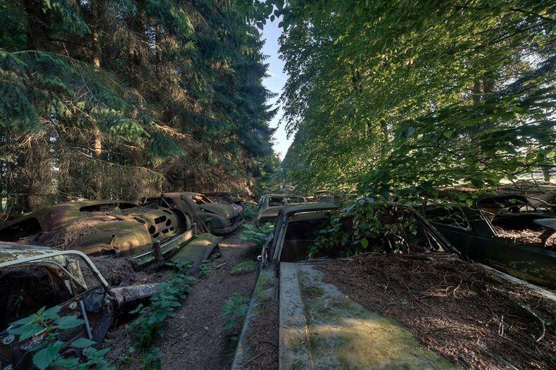 Cementerio de coches de Chatillon 3