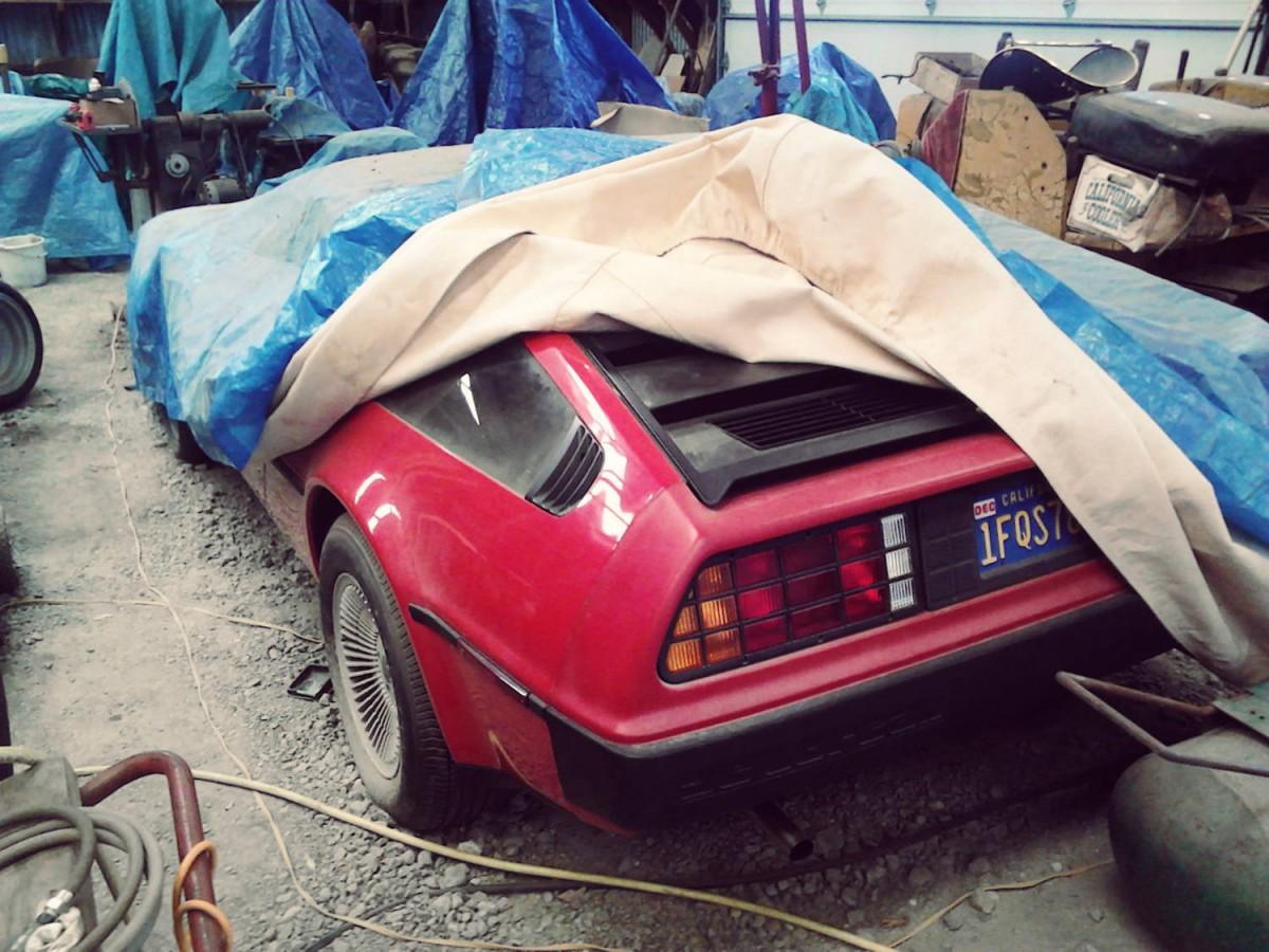 DeLorean DMC-12 Barn Find (1)