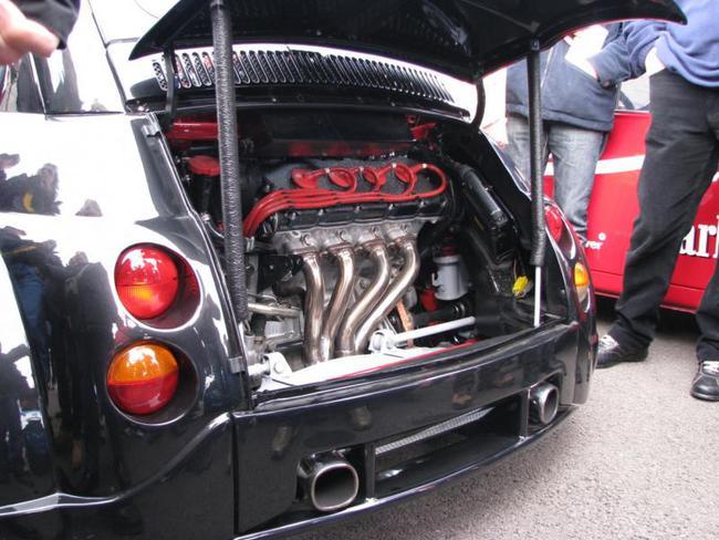 Fiat 500 Ferrari V8