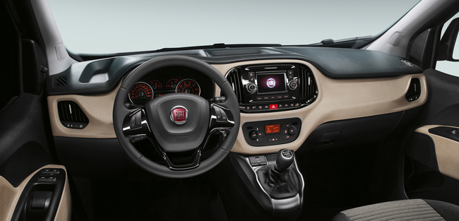 Fiat Doblo 2015 interior 02