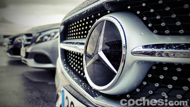 Mercedes_Benz_Clase_S_500_4MATIC_Coupe_06