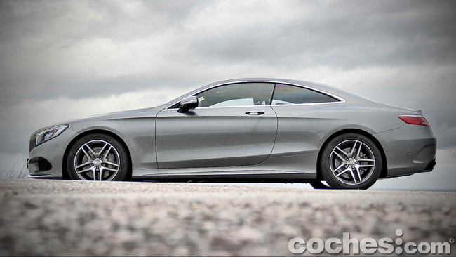 Mercedes_Benz_Clase_S_500_4MATIC_Coupe_09