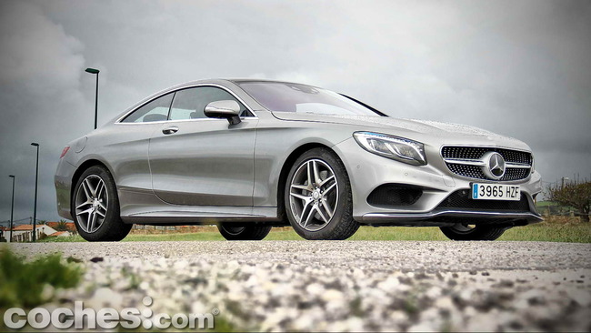 Mercedes_Benz_Clase_S_500_4MATIC_Coupe_13