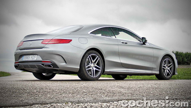 Mercedes_Benz_Clase_S_500_4MATIC_Coupe_15