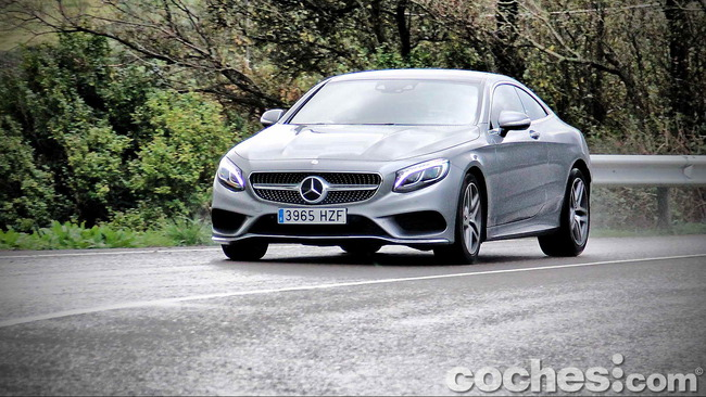 Mercedes_Benz_Clase_S_500_4MATIC_Coupe_41