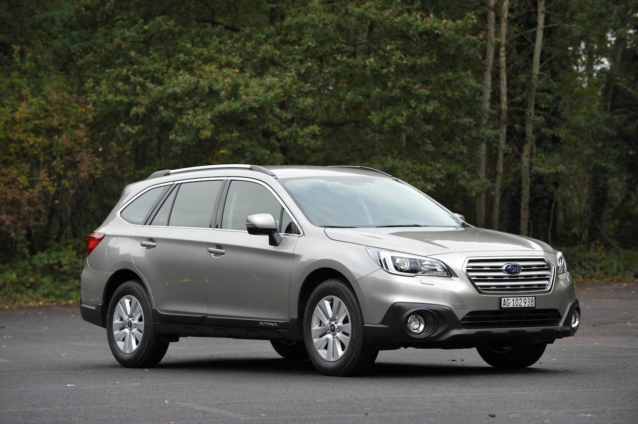 Subaru Outback 2015 (18)