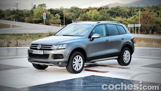 Volkswagen_Touareg_Terrain_Tech_01