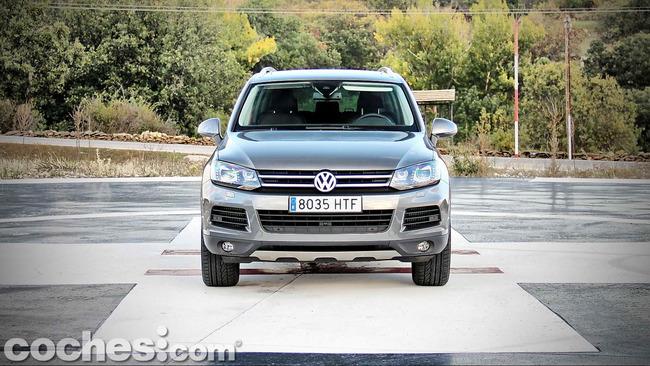 Volkswagen_Touareg_Terrain_Tech_02