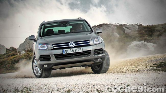 Volkswagen_Touareg_Terrain_Tech_100