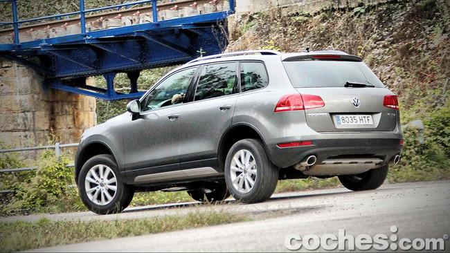 Volkswagen_Touareg_Terrain_Tech_85