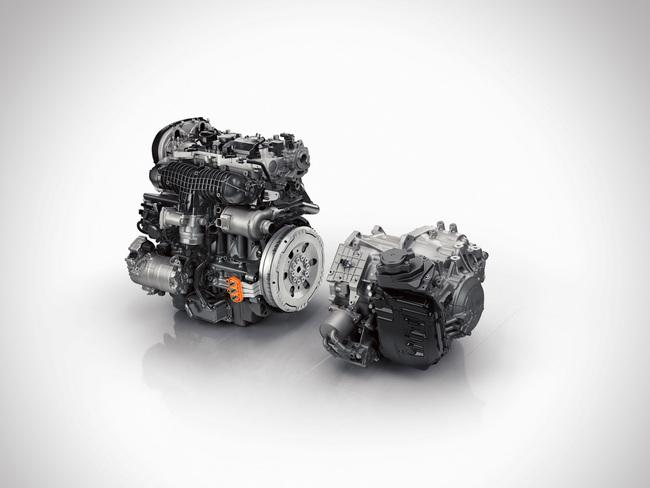 Volvo XC90 T8 Plug-In Hybrid 2015 tecnica 01