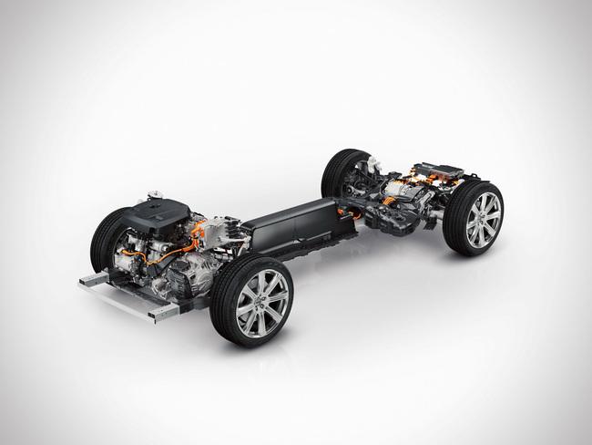 Volvo XC90 T8 Plug-In Hybrid 2015 tecnica 02