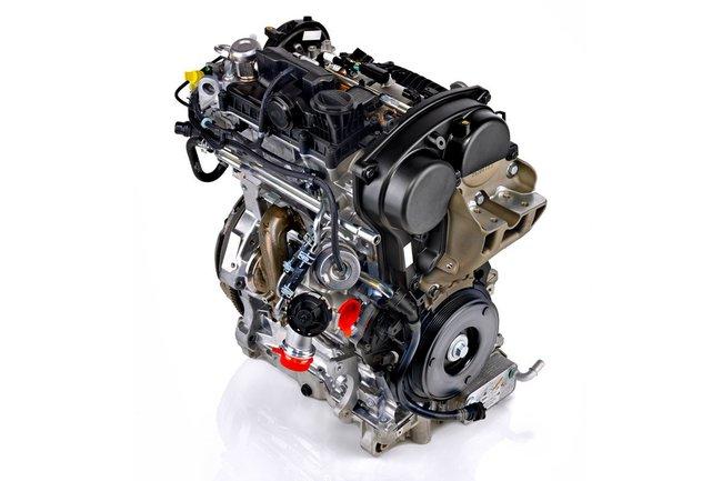 Volvo tres cilindros 2014 01