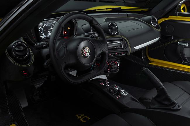 Alfa Romeo 4C Spider 2015 interior 04