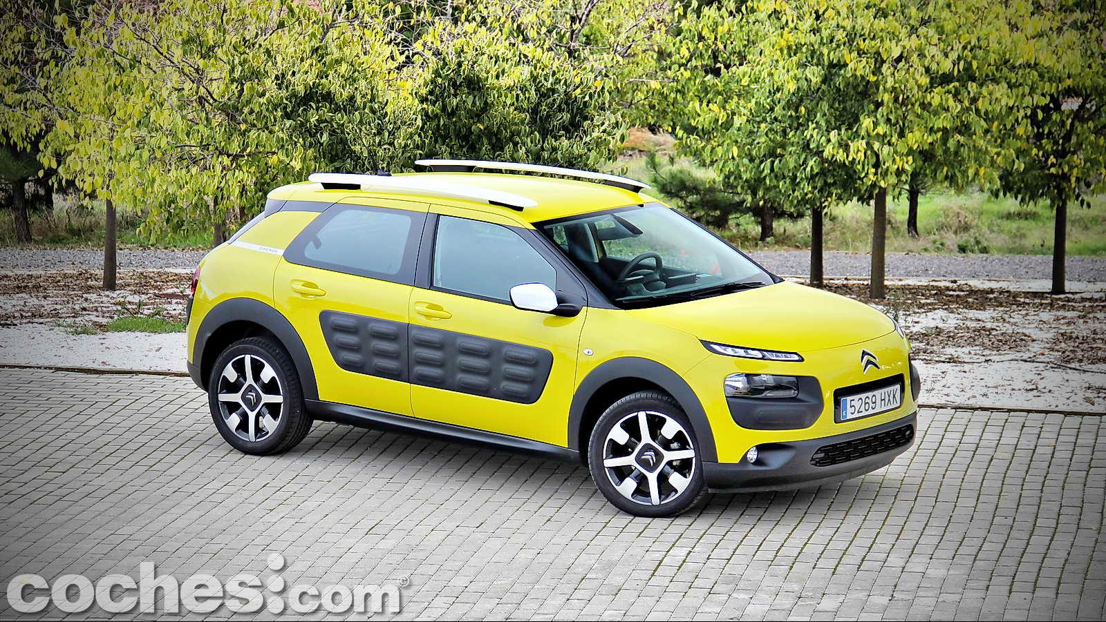 Citroën_C4_Cactus_01