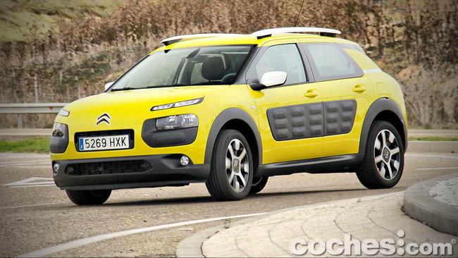 Citroën_C4_Cactus_90