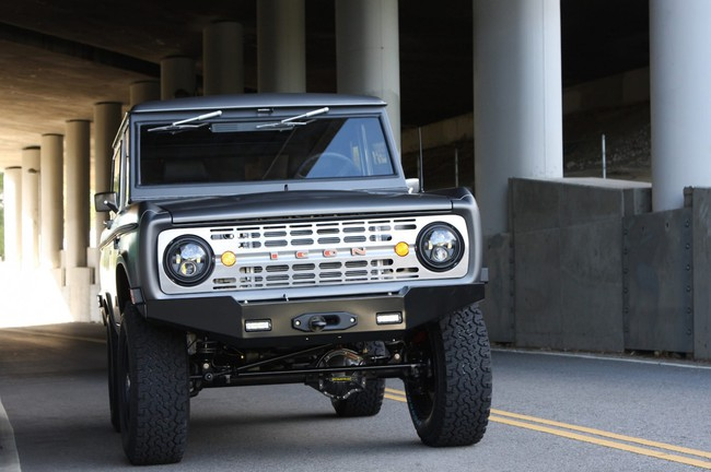 Ford Bronco Icon 14