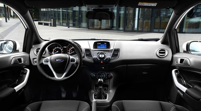 Ford Fiesta Black White 2015 interior