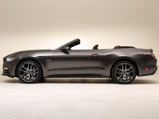 Ford Mustang Cabrio 2015 04