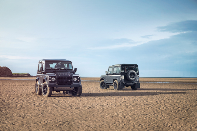 Land Rover Defender Heritage Adventure y Autobiopgraphy 2015 02