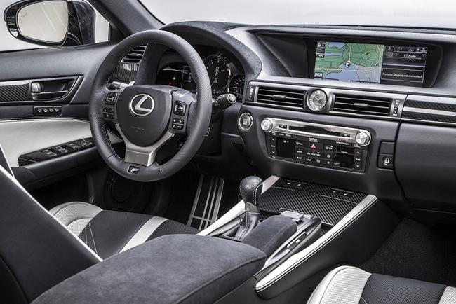 Lexus GS F 2016 interior 03