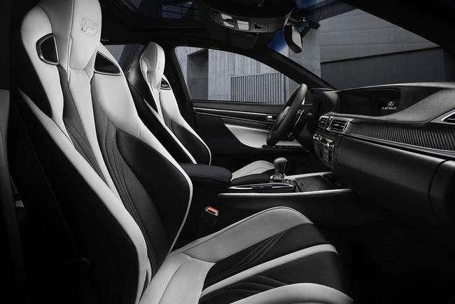Lexus GS F 2016 interior 06